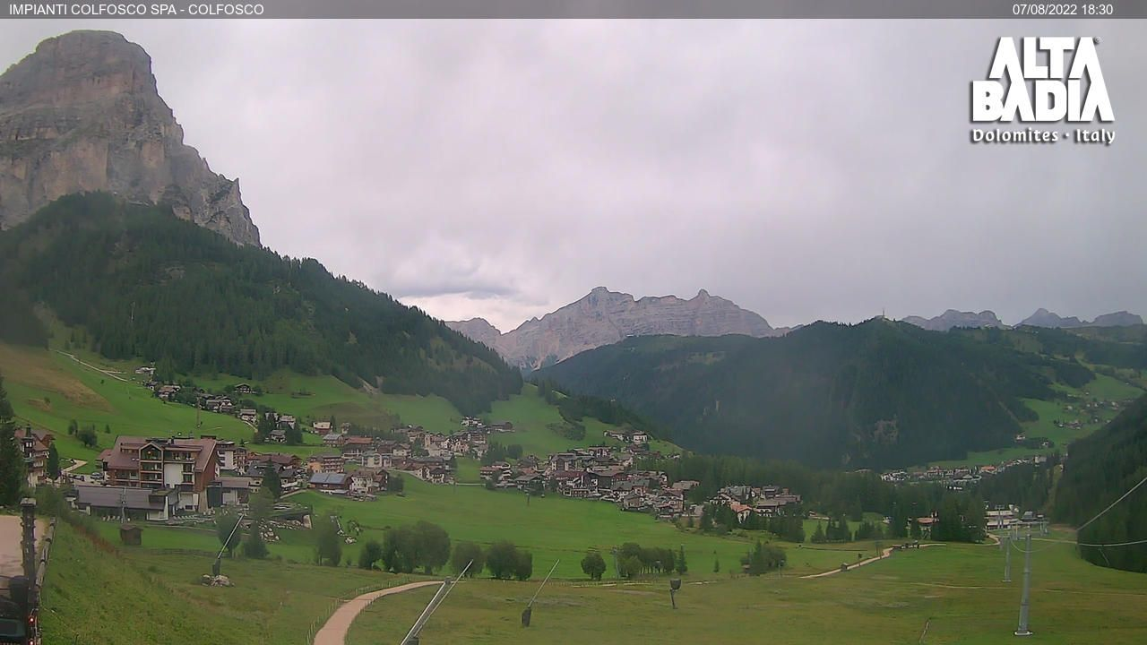 webcam  Colfosco (BZ, 1645 m), webcam provincia di Bolzano, webcam Trentino-Alto Adige, Webcam Alpi - Trentino-Alto Adige